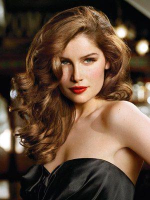 Laetitia Casta, French model who needs no tips on beauty